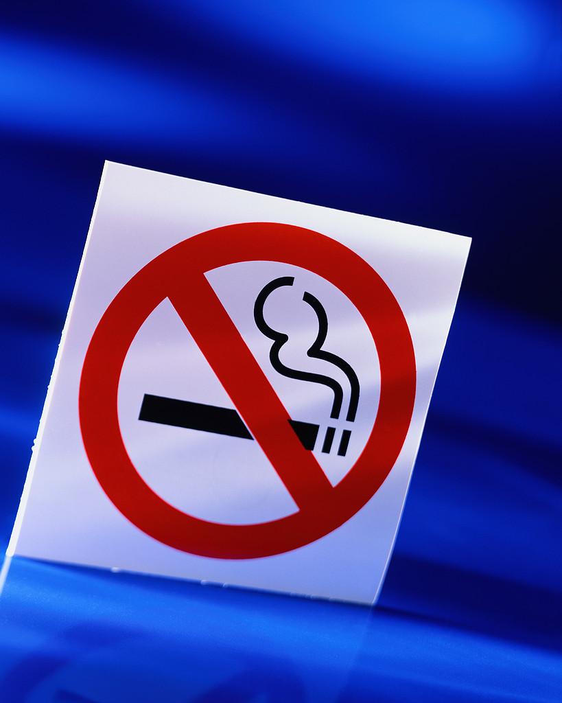 fumar permiso, fumadores prohibicion