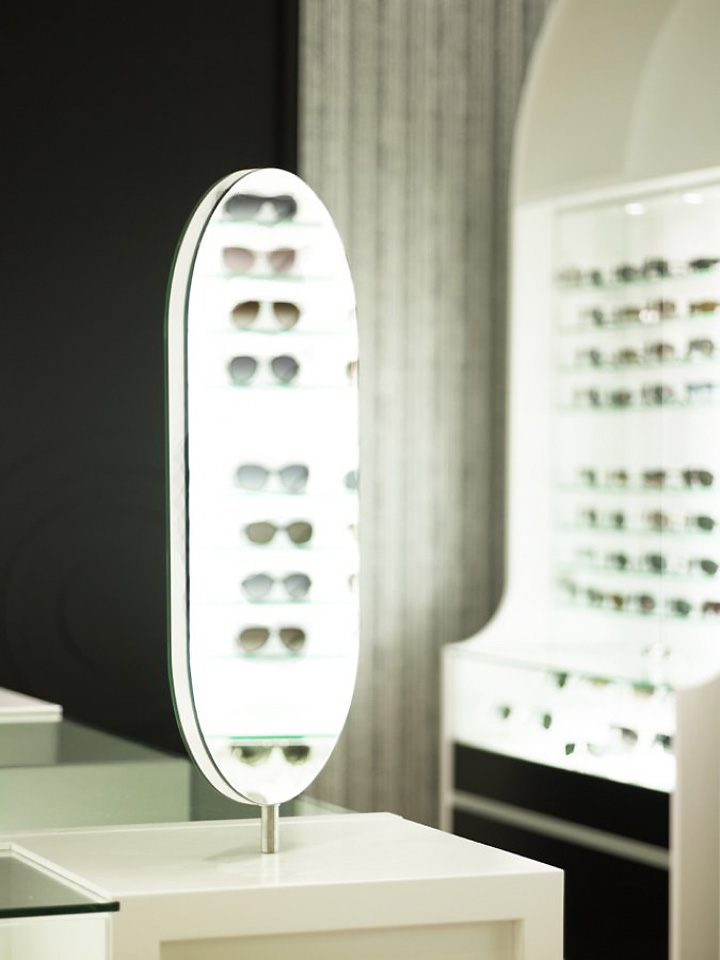 The-Optometrist-by-Greg-Natale-Sydney-05