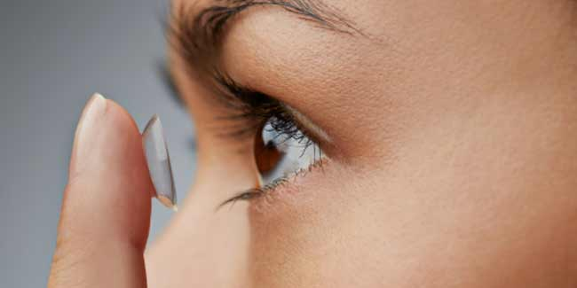 236a7bb00d 5 cosas que nunca debes hacer con tus lentes de contacto